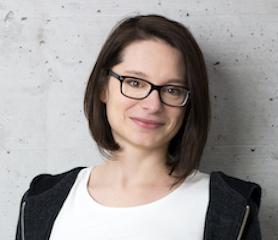 Portrait Stefanie Hacker