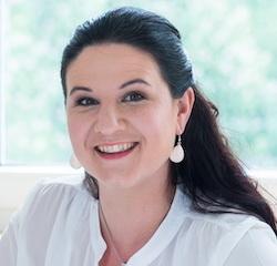Portrait Dr. Tanja Bernsau